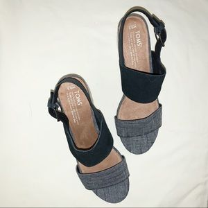 Toms Poppy Suede and Chambray Heel Sandal Sz 9.5